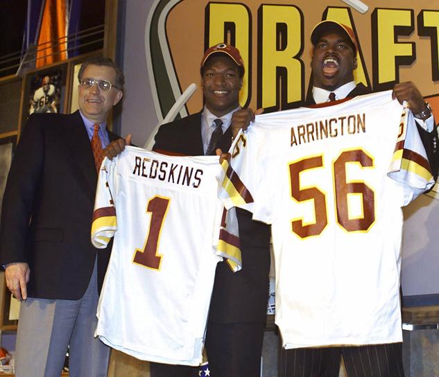 Commissioner Paul Tagliabue, Chris Samuels and LaVar Arrington on Draft Day 2000.