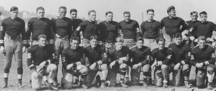 The 1930 Staten Island Stapletons -- all 19 of them.