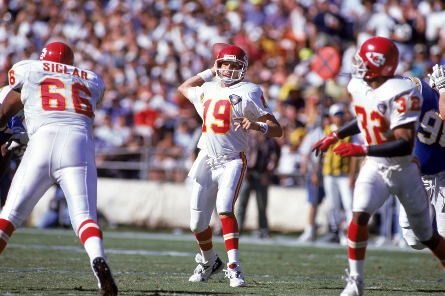 The last of Joe Montana's seven Final Fours was with the '93 Chiefs.