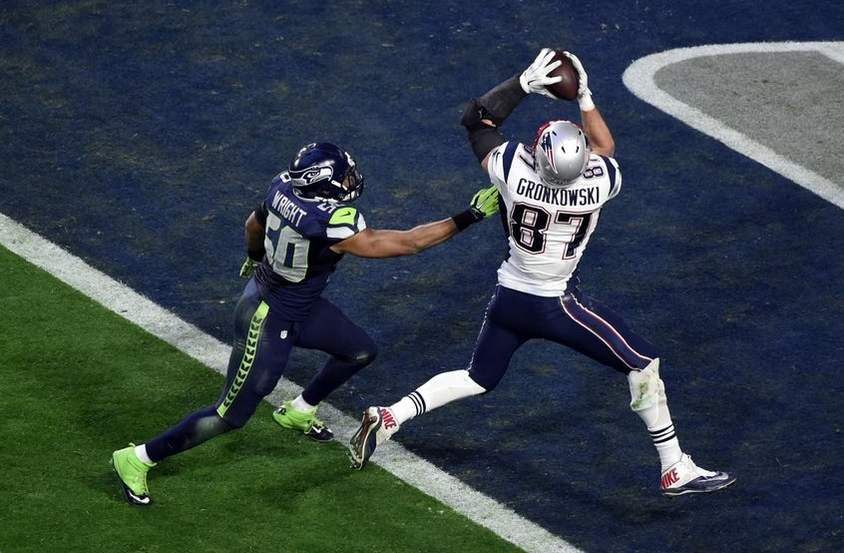 Patriots tight end Rob Gronkowski beats Seahawks linebacker K.J. Wright for a 22-yard touchdown in the Super Bowl.