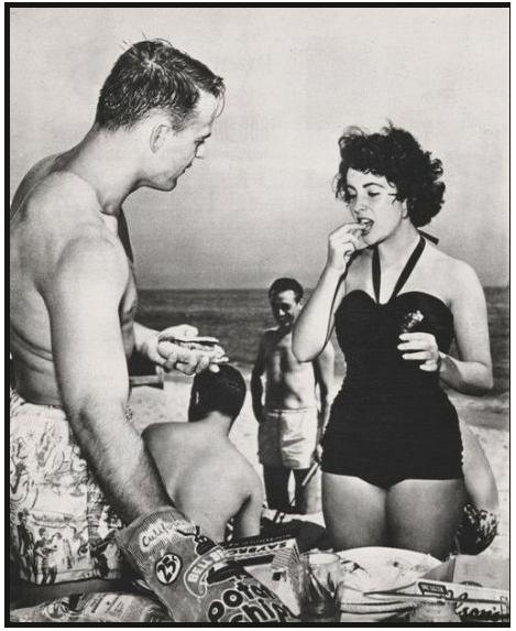 Lovebirds Glenn Davis and Liz Taylor at the beach.